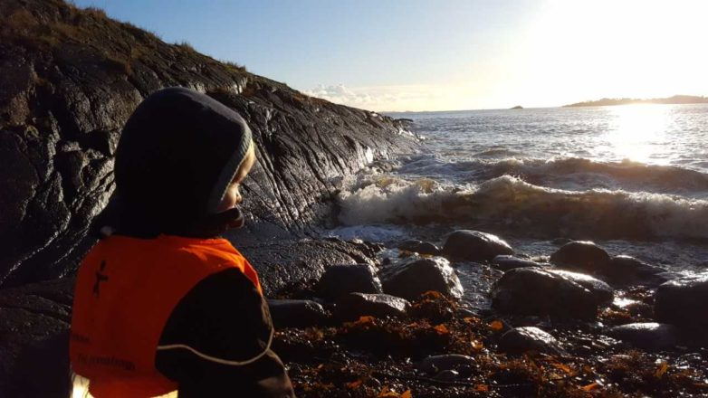 Tur-toddler-havet